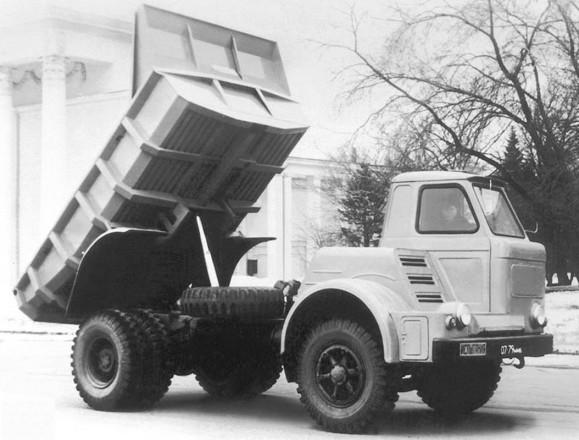МАЗ-510 - самосвал с оригинальной кабиной