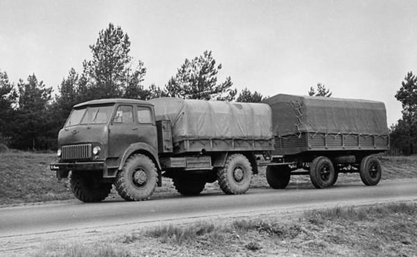 МАЗ-505 - полноприводный армйский прототип